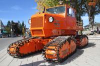 Le véhicule Sno cat à chenille du génial constructeur américain Tucker