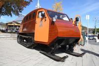 Un bus concu pour aller sur la neige par le génial constructeur québécois Bombardier