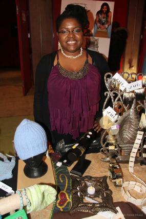 Kiosque d'artisanat haitien vendu à Montréal